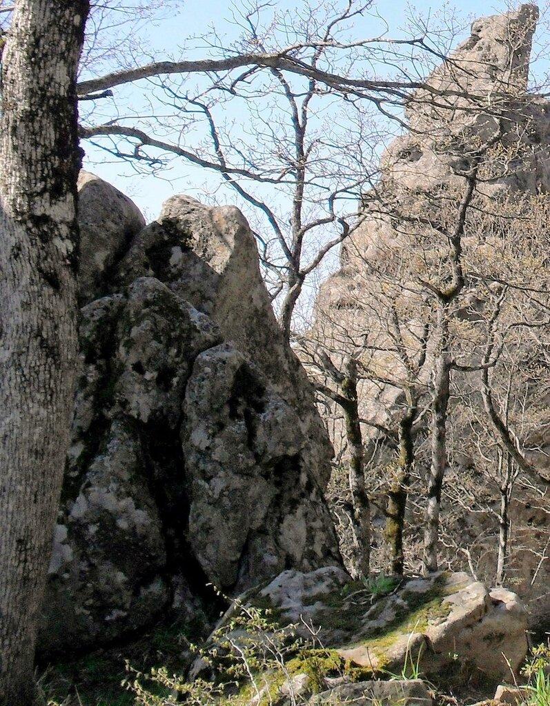 Скалы Индюка, весна 2010