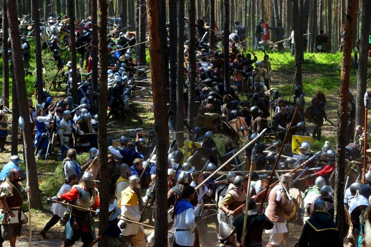 Праздник допотопных уродцев: Чешские зльфы, гоблины и орки в войне на истребление друг друга (13)