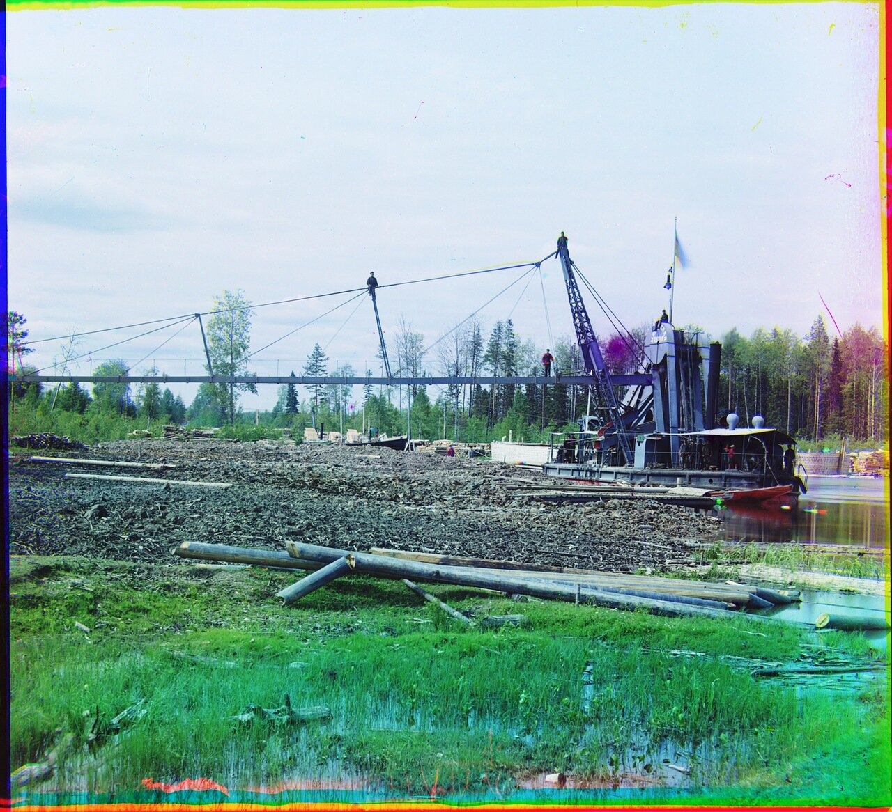 Землечерпательная машина Мариинская 5-ая. Река Ковжа.1909 год