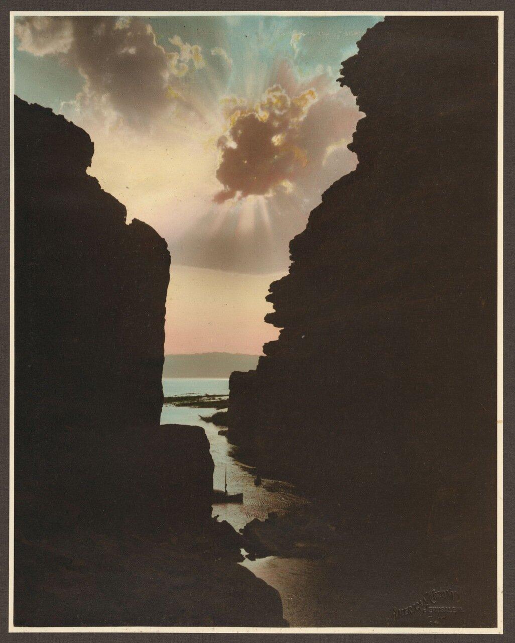 Возле Мертвого моря. Вид на закат из ущелья реки Арнон