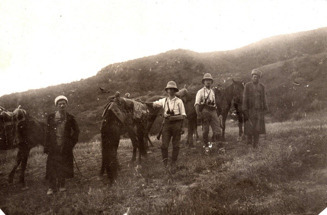 1923 г. июль. Экспедиция Огнева. В центре- Н.В. Шибанов, справа Л.Б. Бёме