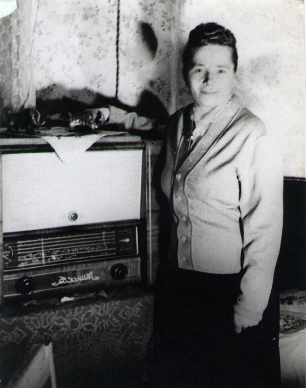 У новой радиолы 1956 г.