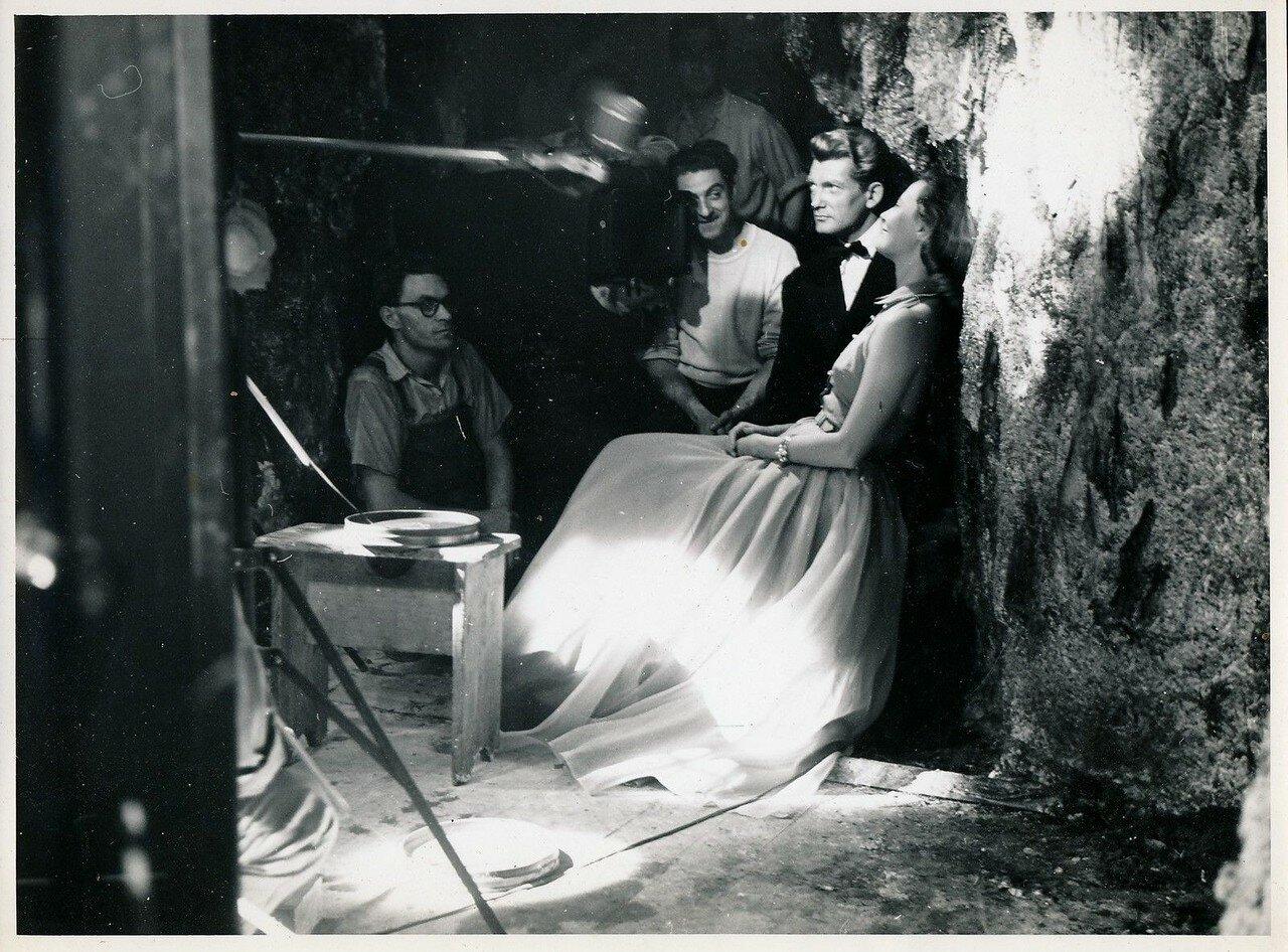 1950. Жан Маре и Мишель Морган на съемках «Стеклянного замка»