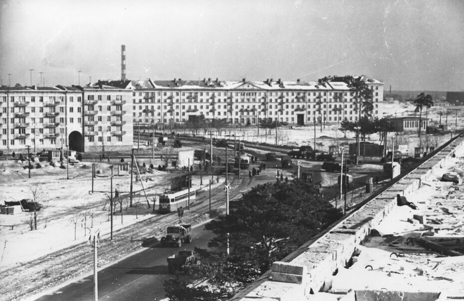 1960.02. Панорама Ленинградской площади