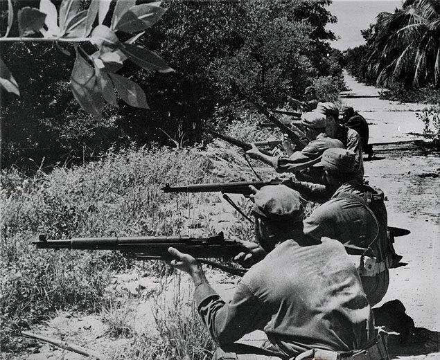 Anti-Castro Cubans in training