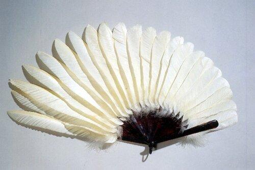Веер из перьев своими руками