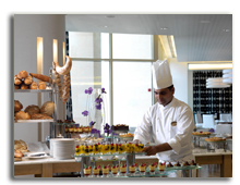 ОАЭ. Дубаи. Raffles Dubai. Azur All Day Dining Restaurant