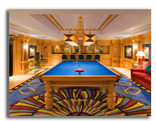ОАЭ. Дубаи. Burj Al Arab. Diwania - Snooker Table