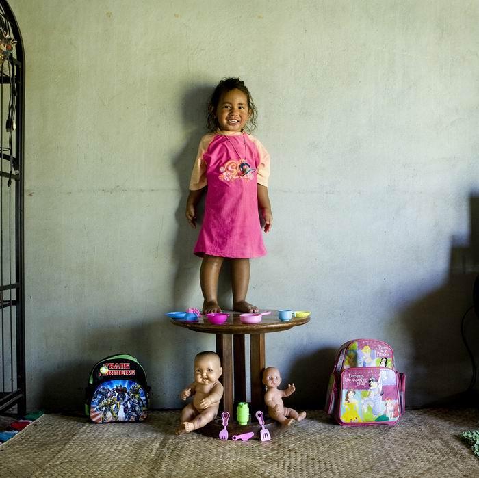 """Проект """"Игрушечные истории"""". Фотограф Габриэле Галимберти / Gabriele Galimberti"""