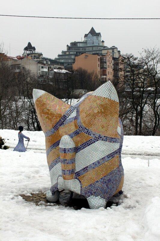 Скамейка-кот