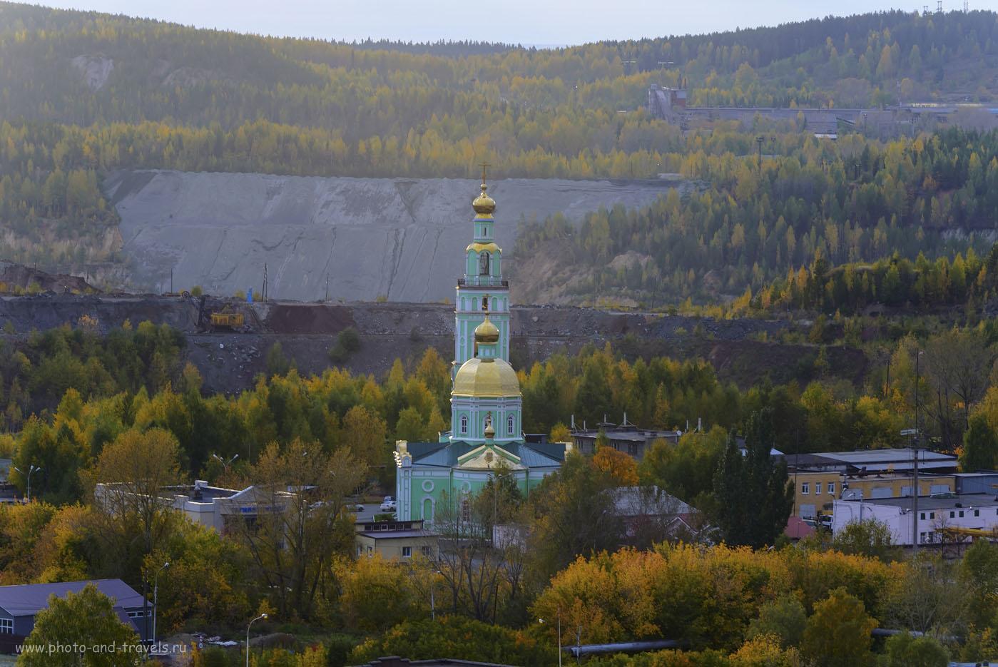 31. В уральских горах уже осень. Съемка с Лисьей горы в Нижнем Тагиле. (100, 200, 8.0, HDR из трех кадров)