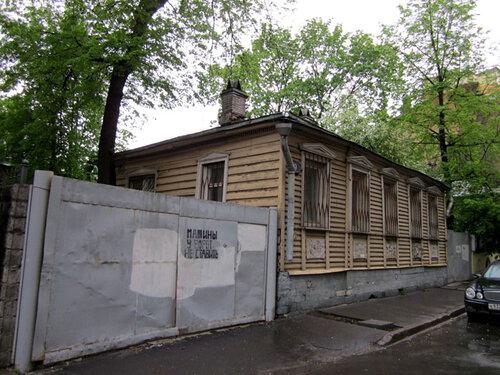 Мансуровский переулок, дом 9. Дом Топлениновых. Дом Булгакова. Фото из дневника ZnichKa