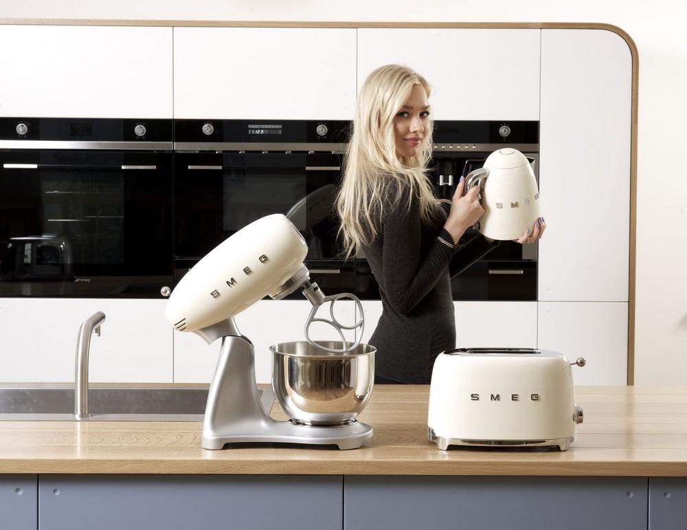 SMEG - купить тостеры, миксеры, блендеры, чайники - интернет-магазин в Краснодаре - SMEG КРАСНОДАР
