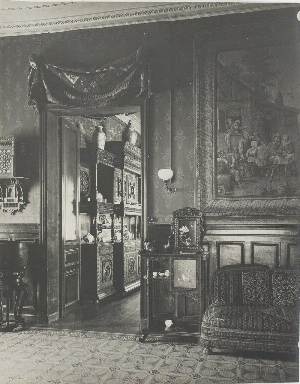 Столовая и главный зал