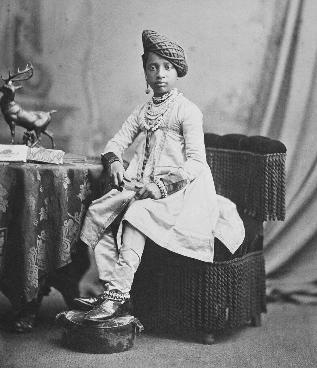 Шиваджи IV (1863-83), раджа Колхапура