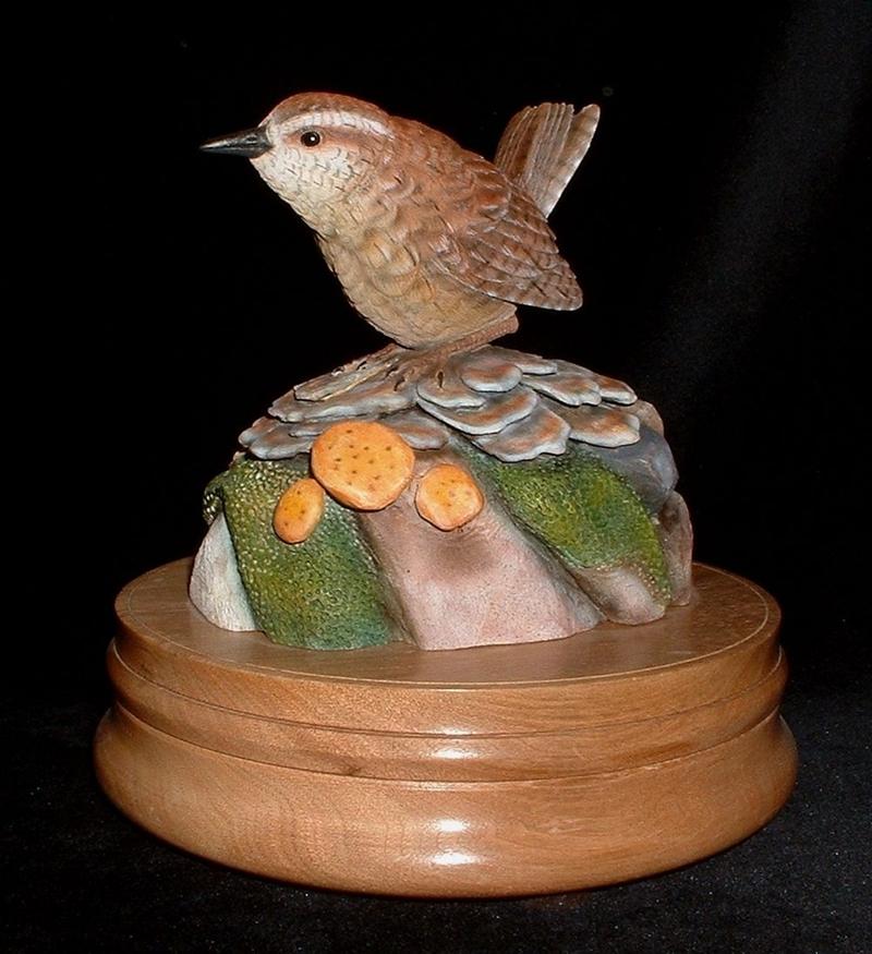 Деревянные скульптуры птиц