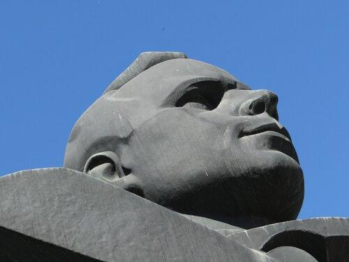 монумент: Гагарин