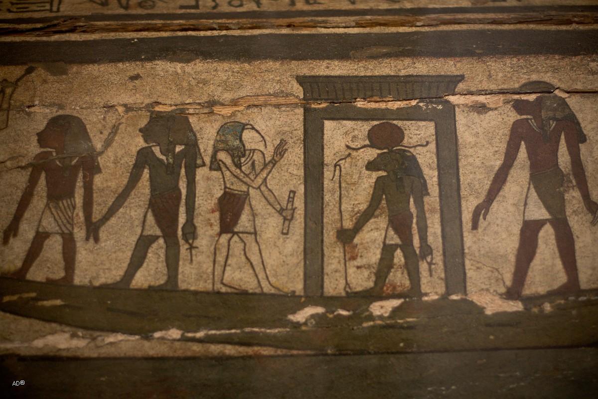 Рисунки на саркофаге «певицы (жрицы) бога Амона» Иусанх