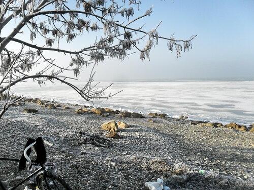 В походе, у моря, второе января