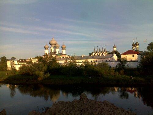 тихвинский мужской монастырь