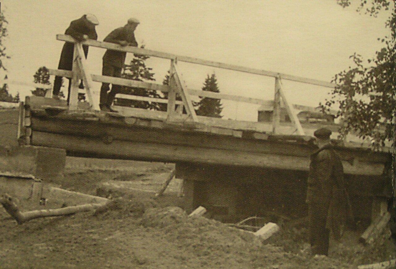 Мост через реку Уня.