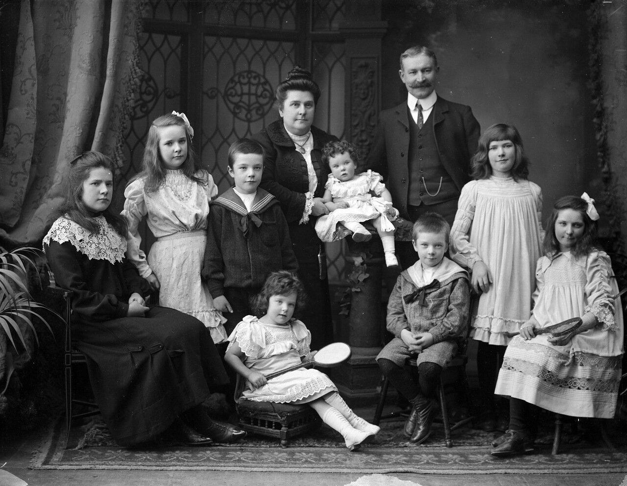 Семья Мэлони Ньютаун, Уотерфорд. 1906.
