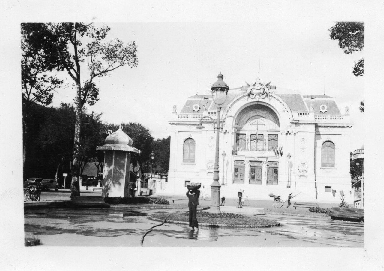 Театр в Сайгоне