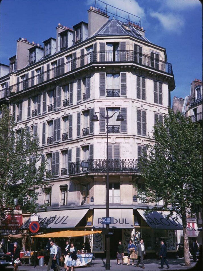 Угол бульваров Сент-Мишель и Сен-Жермен
