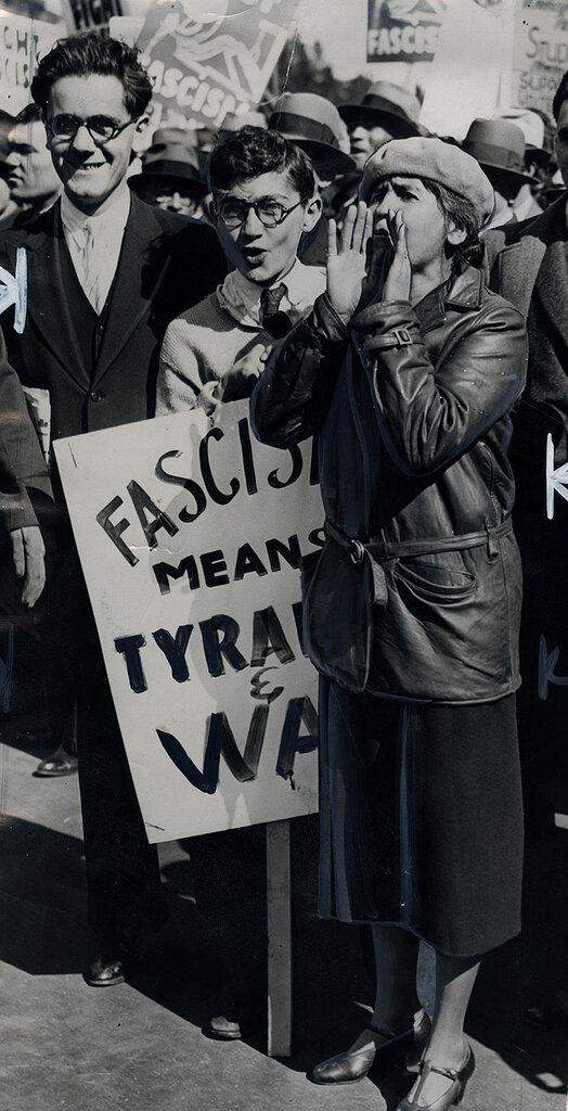 Anti-Fascists 1934-10-12