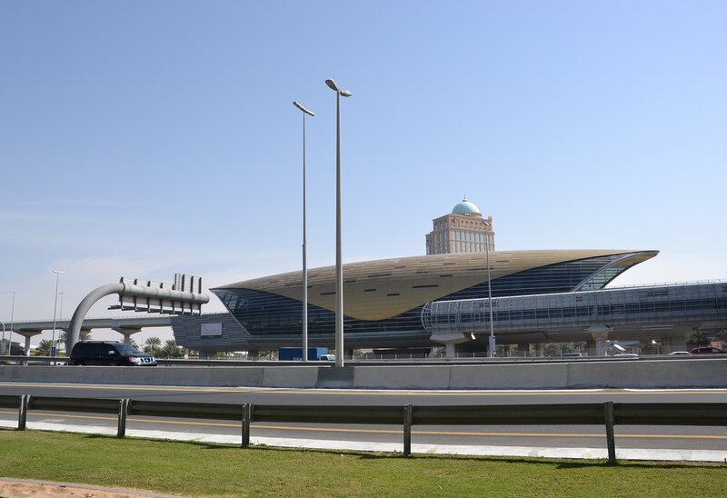 Станция Дубайского метрополитена...