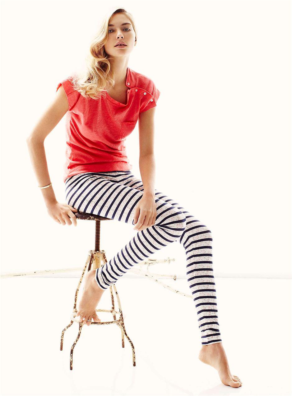 Jessica Hart / Джессика Харт в белье и пижамах La Maison Simons, весна 2012