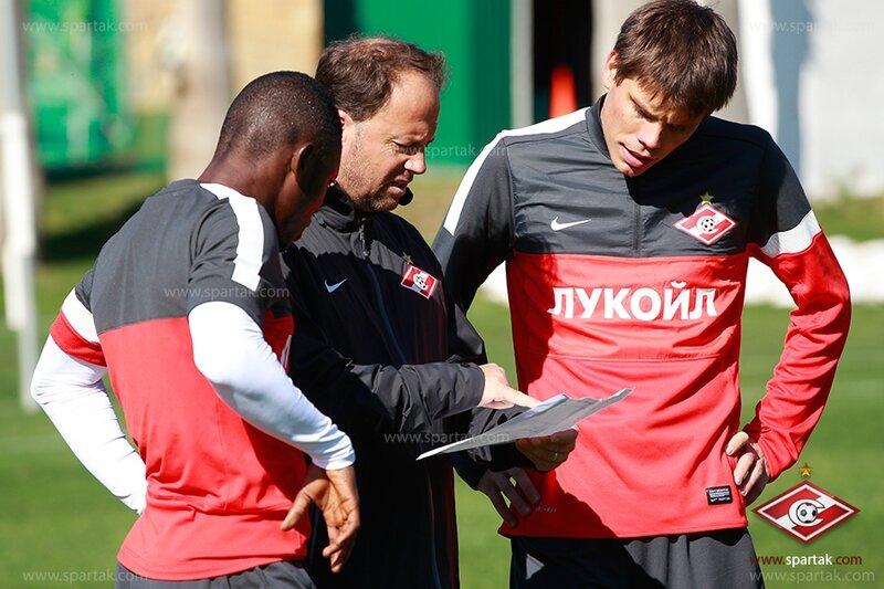 Первая тренировка Вукоевича в «Спартаке» с Уорисом (Фото)
