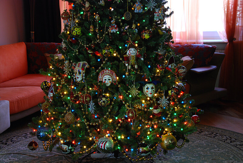 Нарядная елка