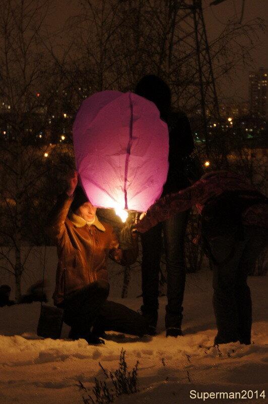Новогодний запуск небесных фонариков