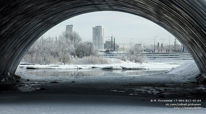 Виды с нового моста на Университетской набережной