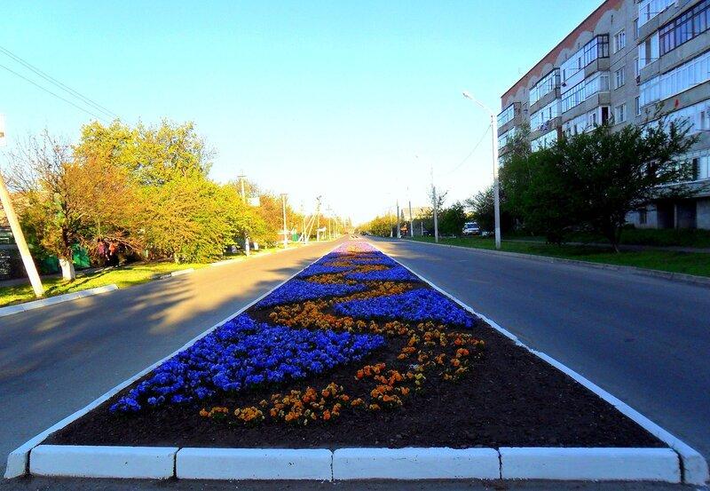 Апрель, весна в городе