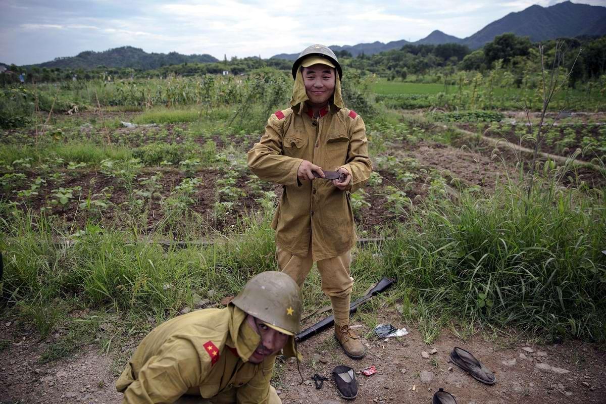 Война и немцы: На съемках китайского телесериала о 2-й мировой войне (21)