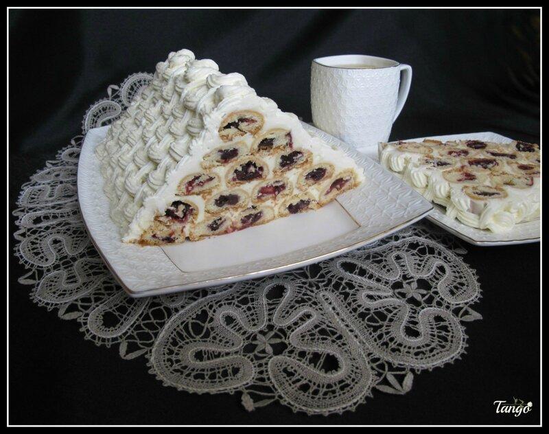 Украшение торта монастырская изба фото
