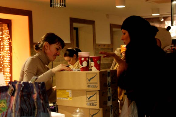 Благотворительная акция - подарки бабушкам и дедушкам