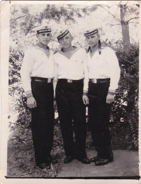 моряки в парадке