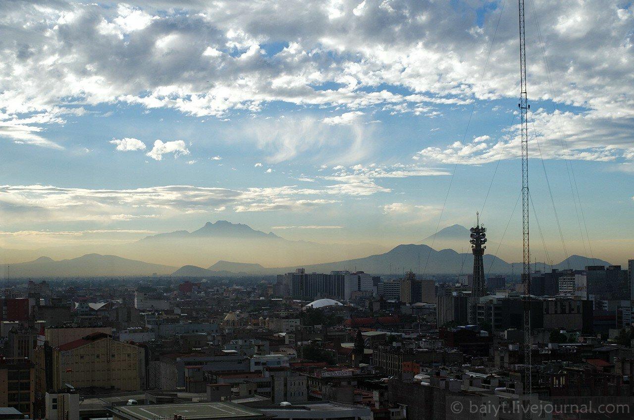 Рассвет над Мехико