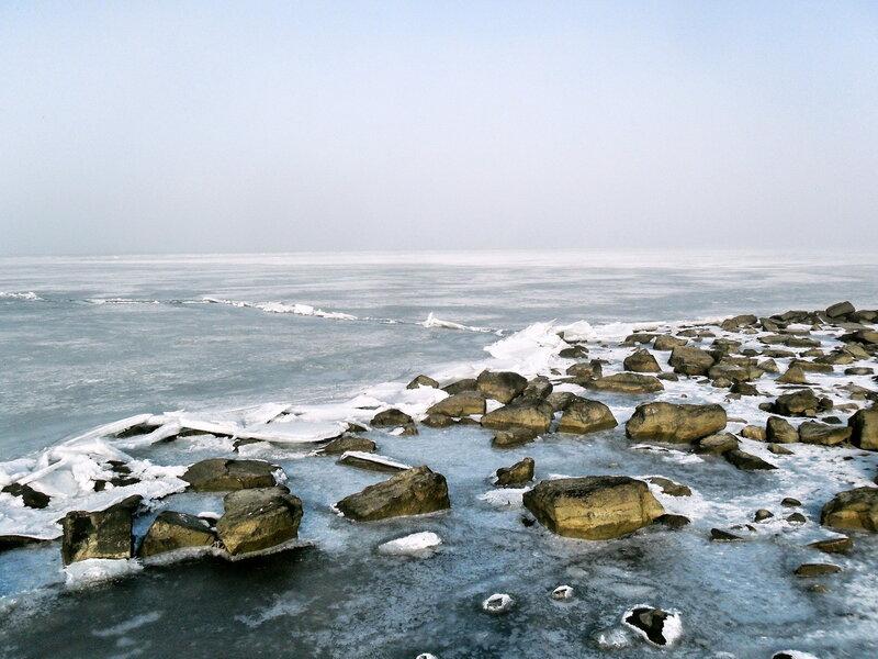 В январе, утром у моря