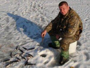 С 10 марта в Артеме запрещено выходить на лед
