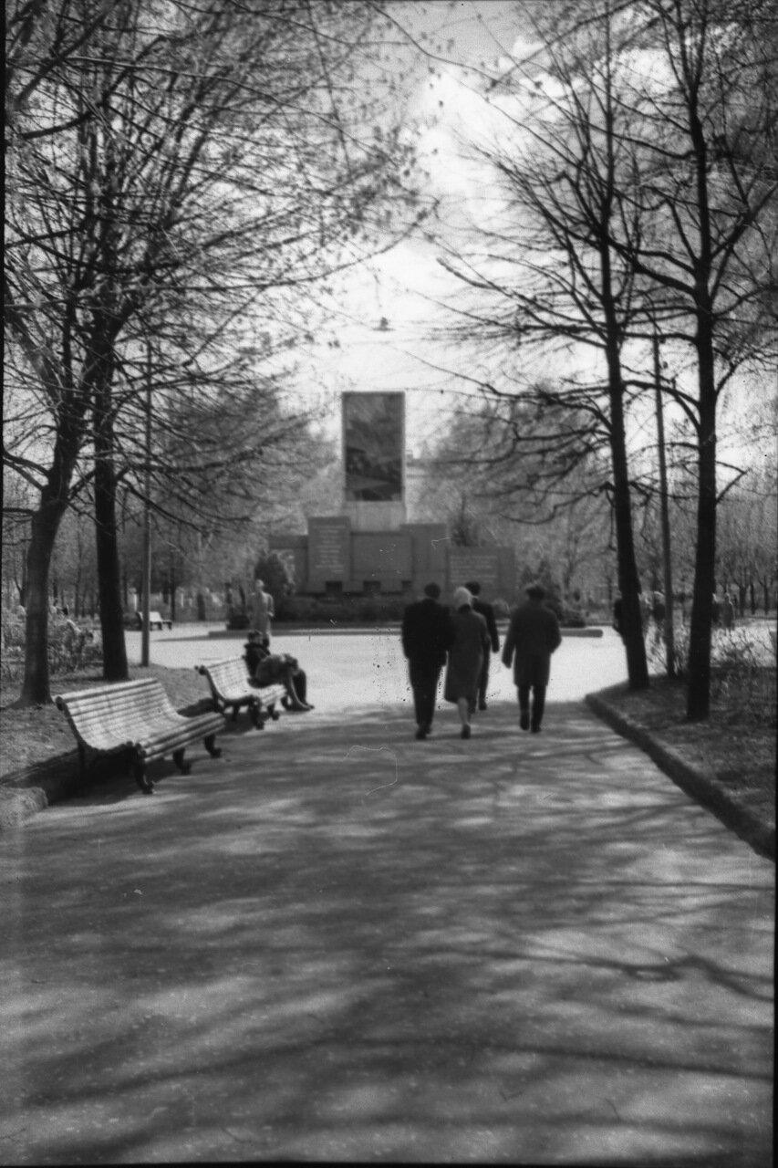 Памятник героям и жертвам революции 1905 года
