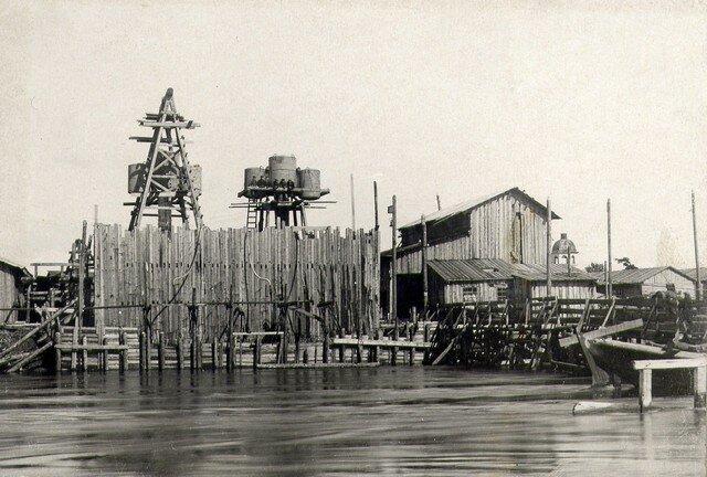 Опускание кессона №4 июнь 1932.