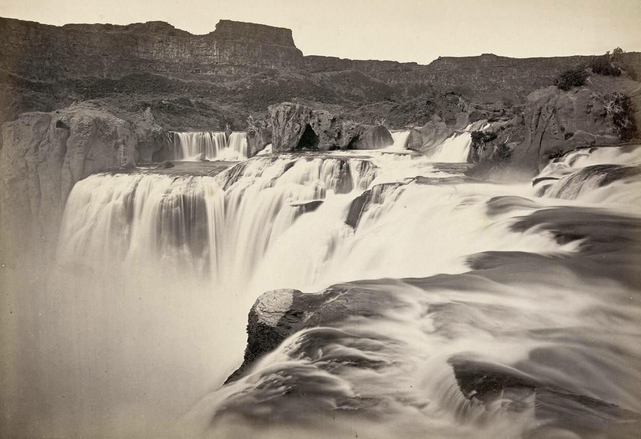 Водопады Шошонов, река Снейк, штат Айдахо. Вид на верхнюю часть водопада в 1874 году.