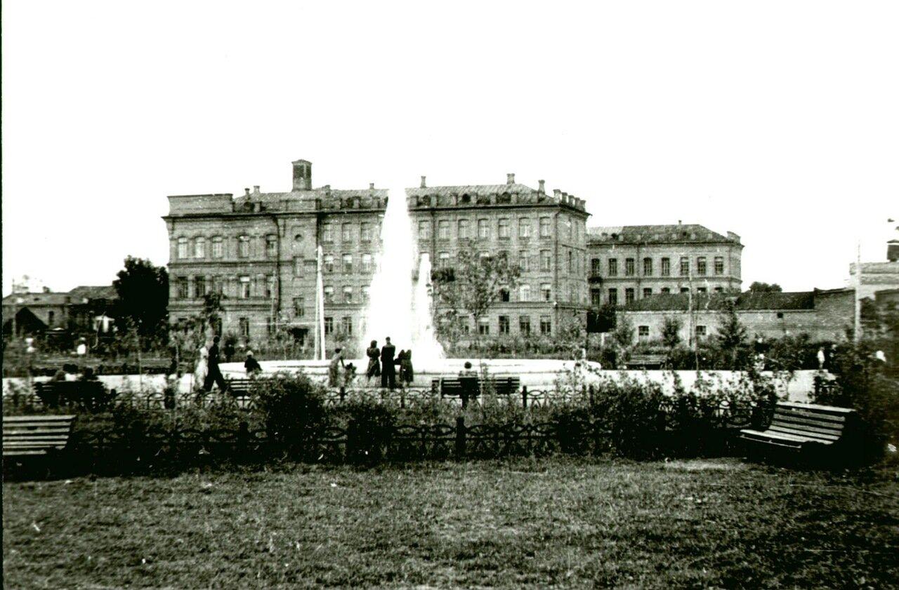 Площадь Баранова