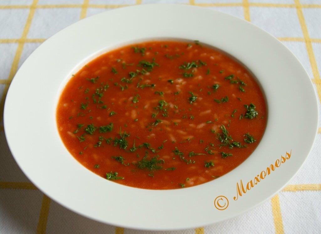 Постный суп-пюре из томатов с рисом. Греческая кухня