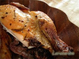 Курица, запеченная целиком в духовке всухую