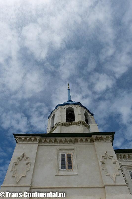 Посольский монастырь: фрагмент храма